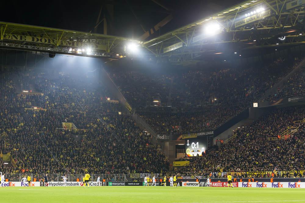 Sinal Iduna Park, Dortmund, Alemanha
