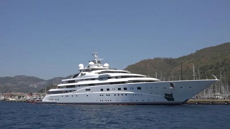 Topaz - 527 Milhões de dólares
