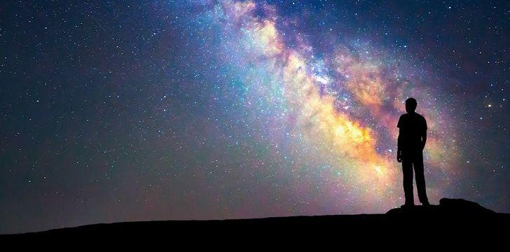 A galáxia da Via Láctea tem 105.700 anos-luz de largura