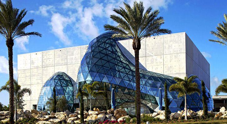 Salvador Dalí construiu um museu para si mesmo, e depois morreu nele