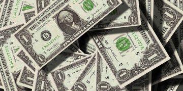 Revelando os negócios realmente lotados: Veru Inc. (VERU), Salem Media Group Inc. (SALM) 56